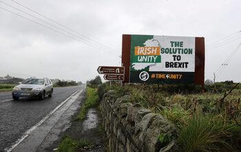 Брекзит без сделка ще съсипе и двете Ирландии
