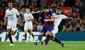 Меси обмислял напускане на Испания, но иска да завърши кариерата си в