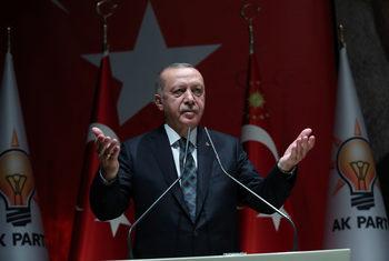 Ердоган заплаши Европа с нова вълна бежанци заради операцията в Сирия