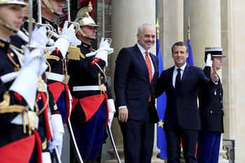 Франция не подкрепя преговорите със Северна Македония и Албания, твърдят дипломати