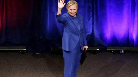 Хилъри Клинтън призна, че и виното й е помогнало да преодолее загубата на...