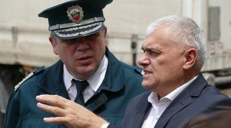 Вътрешният министър обеща спокоен трафик през