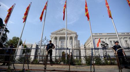 И българите да се регистрират като малцинство в Македония, призова...