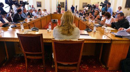 Боршош управляваше НДК еднолично, каза бивш член на съвета на директорите