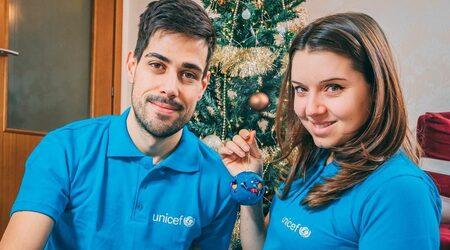 Защо тийнейджърски идоли се включиха в кампании за дарителство