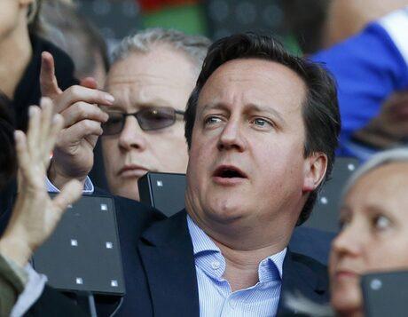 Дейвид Камерън обвини учителите за упадъка на спорта във Великобритания