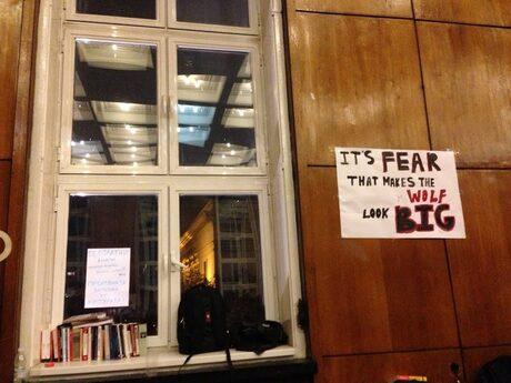 Читателски Дневник: Поглед отвътре, или какво се случва в окупирания Софийски университет