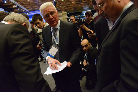 Христо Бисеров на Осмата национална конференция на ДПС, на която беше нападнат Ахмед Доган