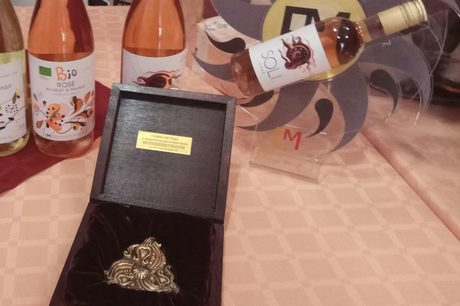 """Розето """"Соли"""" на винарна Едоардо Миролио взе наградата за продуктов дизайн."""