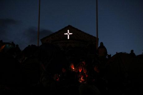 Християните честват Кръстовден