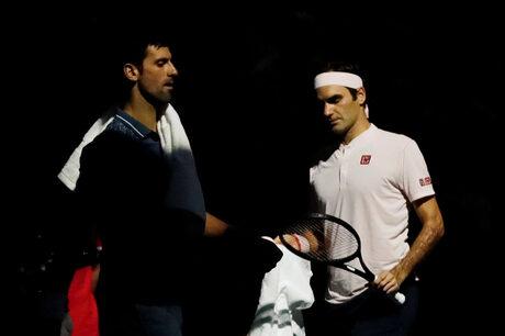 Джокович сломи Федерер в епичен мач в Париж и го спря по пътя към титла №100