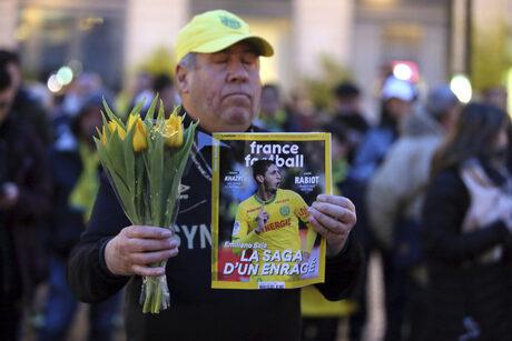 Издирването на изчезналия самолет с футболиста Емилиано Сала приключи без успех
