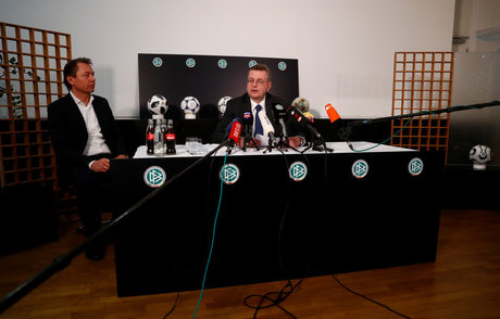 Президентът на Германския футболен съюз подаде оставка заради 78 хил. евро