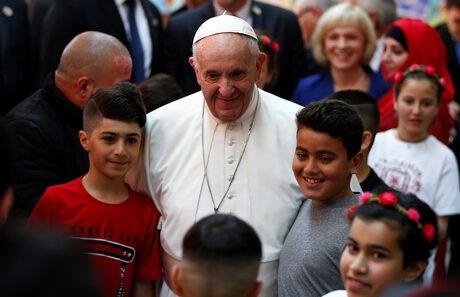Папата към бежанците: Пътят ви е изпълнен с болка, но винаги остава надеждата