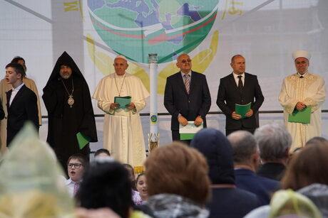 Папата призова за активен и укрепен мир срещу всички форми на егоизъм и безразличие (допълнена)