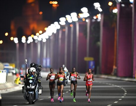 Световното по лека атлетика в Доха: когато парите оставят спорта на заден план