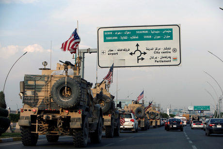 Американски конвой край Ербил след изтегляне от Сирия, 21 октомври.