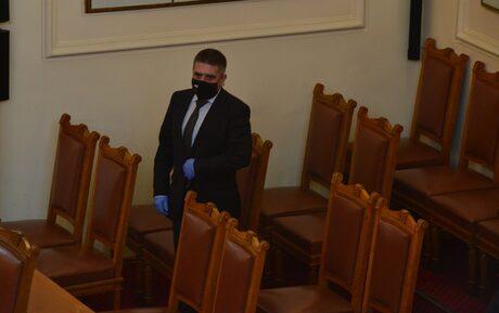 Политическата криза: ГЕРБ сигурни в събирането на кворум, Кирилов напуска и парламента (хронология)