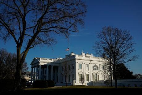 Повече не бива да допускаме хора като Тръмп в Белия дом, постът не го укроти