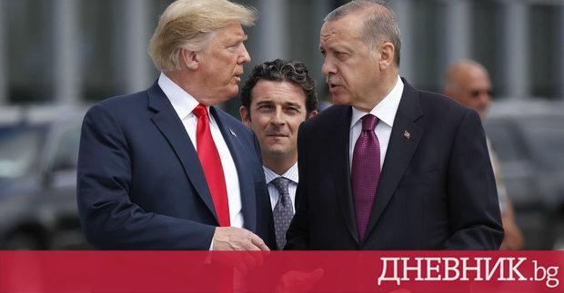Турското правителство провежда срещи с почти всички партии в парламента,