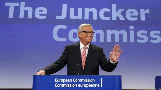 """""""Файненшъл таймс"""": Юнкер се обгради с десни, икономически консервативни комисари"""