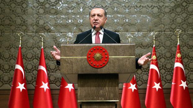 Турският парламент даде още по-широки правомощия на президента