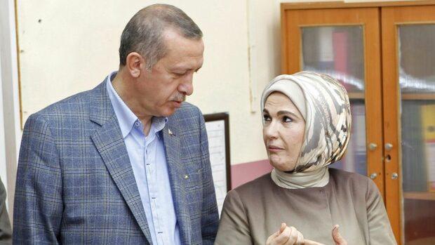 Турската армия разреши службата на жени с ислямски забрадки