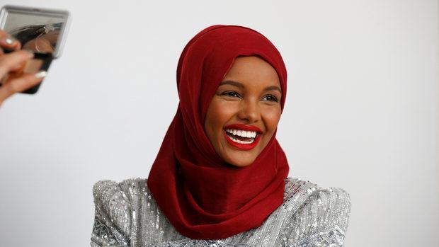От бежанския лагер до модния подиум - момичето, което стана лице на хиджаба в САЩ