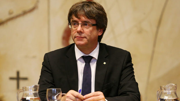 Обявяването на независимост се отлага, искаме диалог, заяви каталунският лидер