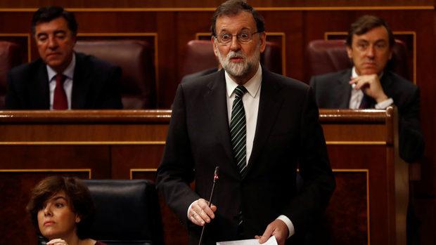 Мадрид ще отнеме автономията на Каталуня в събота, обяви испанският премиер