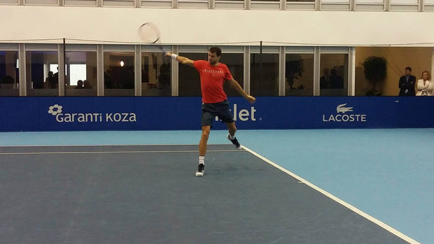 Снимка на деня: Григор Димитров се готви за решителния мач с Гофен