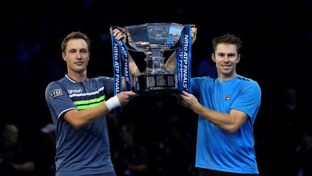 Контонен и Пиърс защитиха титлата си във финалите на АТП