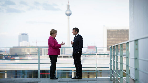 Макрон: Блокиране на преговорите в Германия не е в интерес на Франция