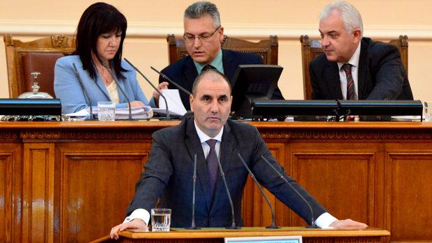 Тихомълком управляващите зачеркнаха административната реформа в МВР