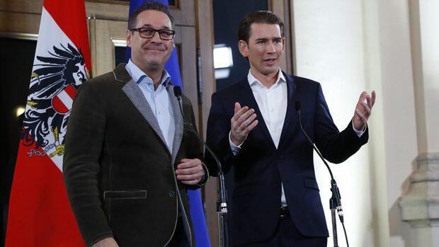 Крайната десница в Австрия получи отбраната, вътрешните и външните работи