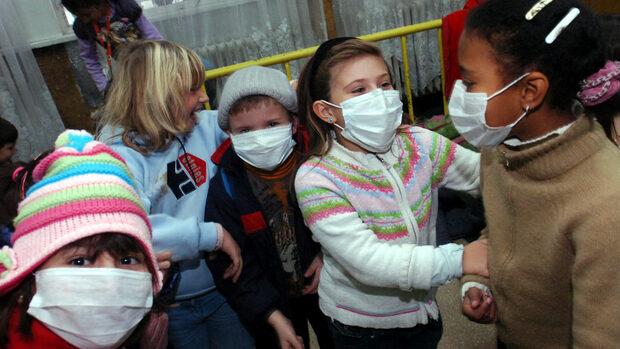 В 60 училища в страната днес няма да се учи заради аварии, лошо време или грип
