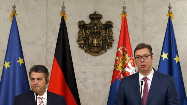 Сърбия трябва да признае Косово, за да влезе в ЕС, обяви Зигмар Габриел