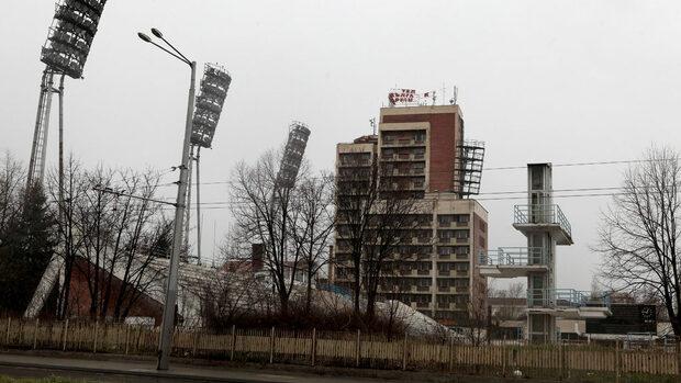 """Държавата търси кой да съживи спортния комплекс """"Червено знаме"""""""