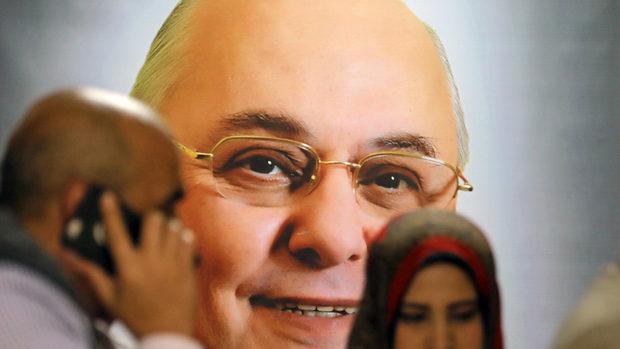 Муса Мостафа - египетският кандидат за президент, който подкрепи противника си