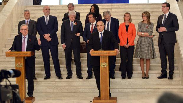 EUobserver: Няколко страни може да не участват в срещата за Западните Балкани през май