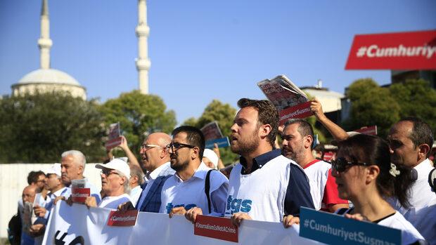 И журналистите носят отговорност за атаката срещу медиите в Турция