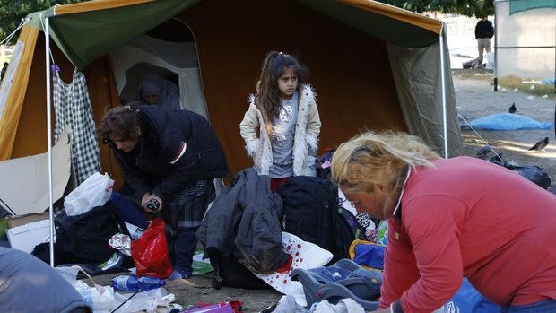 Хиляди мигранти са пристигнали в Босна, Черна гора и Албания за 5 месеца
