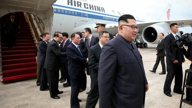 Тръмп и Ким са в Сингапур в очакване на първата си среща