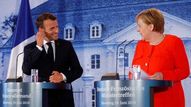 Меркел и Макрон се договориха за общ бюджет на еврозоната