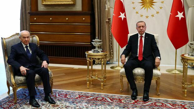Ердоган и националистите няма да удължават повече извънредното положение