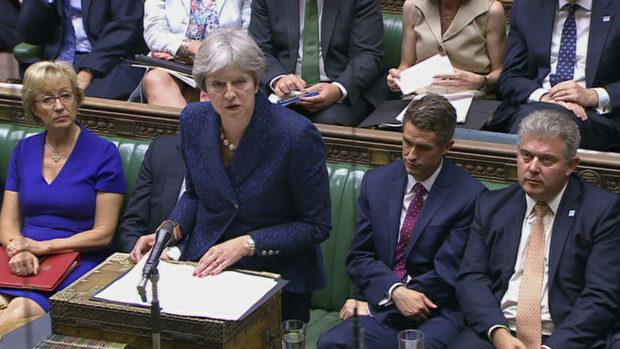 Тереза Мей: Готвим се и за Брекзит без сделка
