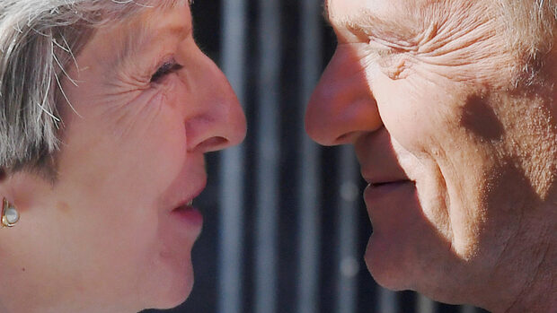 Тереза Мей поема преговорите за Брекзит