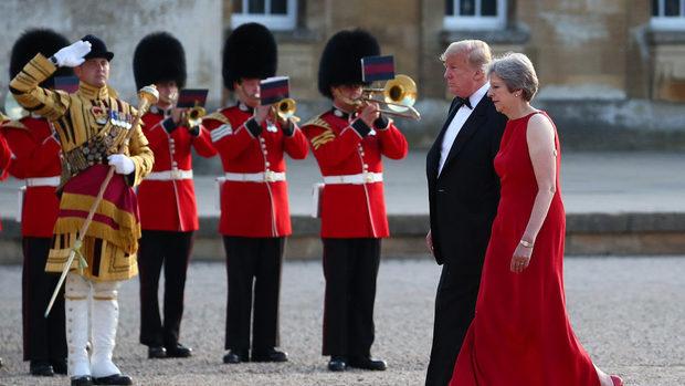 Тръмп: Мей провали Брекзит, няма да има търговско споразумение със САЩ