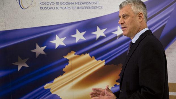 """Косовският президент отхвърли """"подялба"""" със Сърбия и намекна за размяна на територии"""