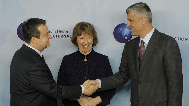 Защо Сърбия заговори за подялба на Косово